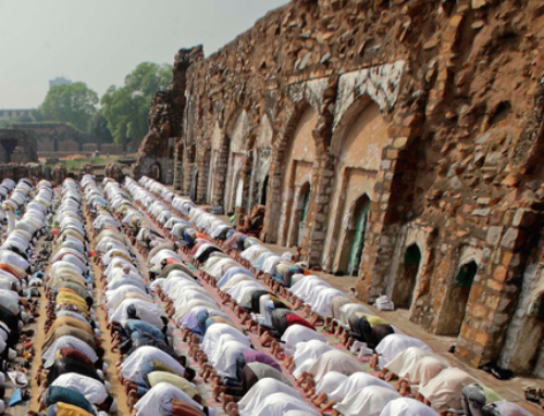 If Eid falls on a Friday, is it obligatory to pray the Friday prayer?
